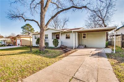 Hurst, Euless, Bedford Single Family Home For Sale: 229 Oak Drive W