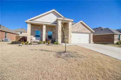 Waxahachie Single Family Home Active Contingent: 234 Thoroughbred Street