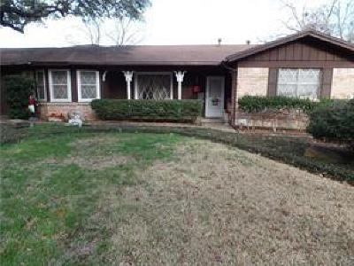 Haltom City Single Family Home For Sale: 4604 Biscayne Drive