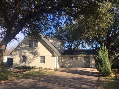 Benbrook Single Family Home For Sale: 4205 Hale Court