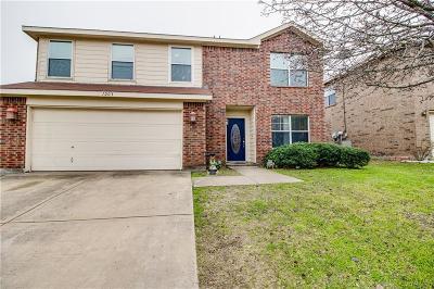 Ennis Single Family Home For Sale: 1203 Vicksburg Drive