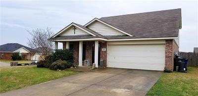 Sanger Single Family Home Active Option Contract: 100 Maned Drive