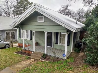 Mineral Wells Single Family Home Active Contingent: 621 NW 5th Street