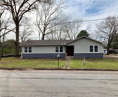 Van Single Family Home For Sale: 150 Cherry Lane