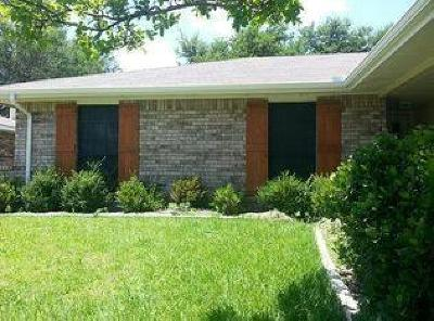 Rowlett Single Family Home For Sale: 2605 Baylor Drive