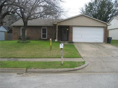 North Richland Hills Single Family Home For Sale: 6305 Sunset Road