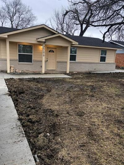 Mesquite Single Family Home For Sale: 2706 Cary Drive