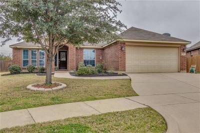 Burleson Single Family Home For Sale: 944 Mimosa Court