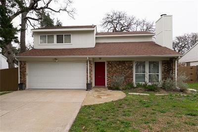 Grapevine Residential Lease For Lease: 1168 Silverlake Drive