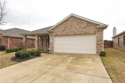 Fort Worth Single Family Home For Sale: 10865 Hawks Landing Road