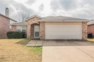 Fort Worth Single Family Home Active Option Contract: 3877 Golden Horn Lane