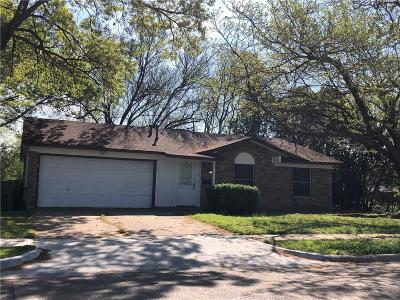 Garland Single Family Home For Sale: 1702 N Yale Drive