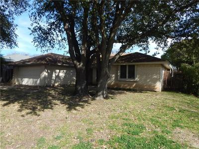 Benbrook Single Family Home Active Option Contract: 228 Lansford Drive