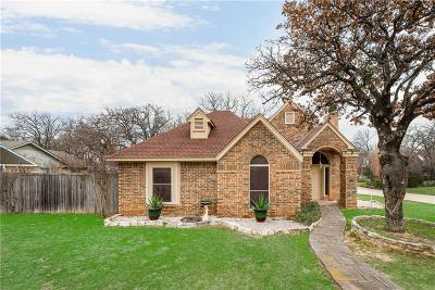 Kennedale Single Family Home For Sale: 600 Ruth Drive