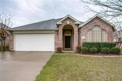 Garland Single Family Home Active Contingent: 5902 Blue Oak Drive