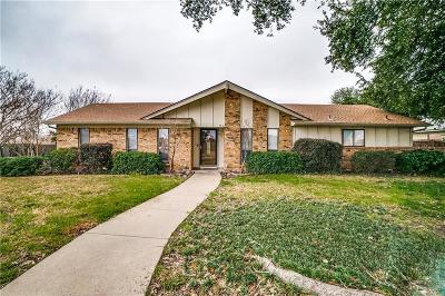 Single Family Home For Sale: 1201 Gardengate Circle