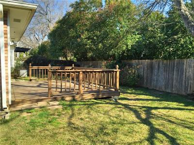 Grapevine Residential Lease For Lease: 4117 Meadow Drive