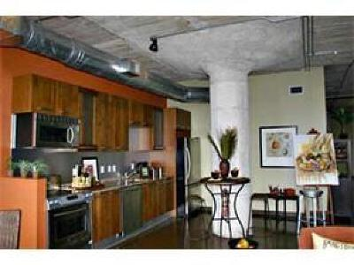 Dallas Residential Lease For Lease: 1122 Jackson Street #214