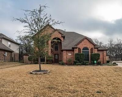 Hurst Single Family Home For Sale: 613 Trails End Court