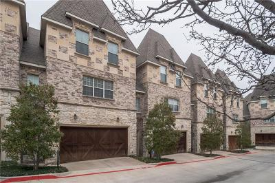 Lewisville Townhouse For Sale: 2700 Club Ridge Drive #11
