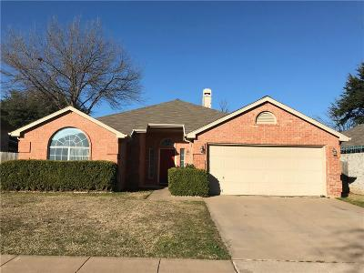 Fort Worth TX Single Family Home For Sale: $178,000