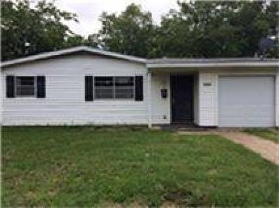 Dallas Residential Lease For Lease: 2536 Blaydon Drive