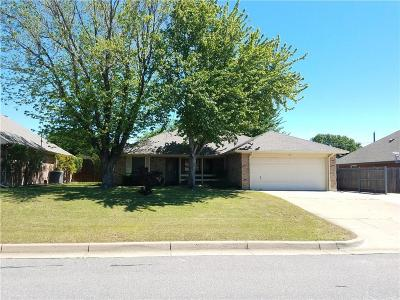 Burleson Single Family Home For Sale: 728 Bryan Drive