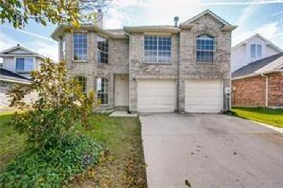 Lewisville Single Family Home For Sale: 1422 Chinaberry Drive