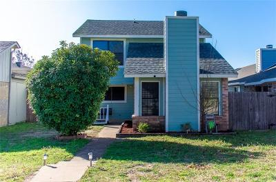 Fort Worth Single Family Home For Sale: 9937 Lone Eagle Drive