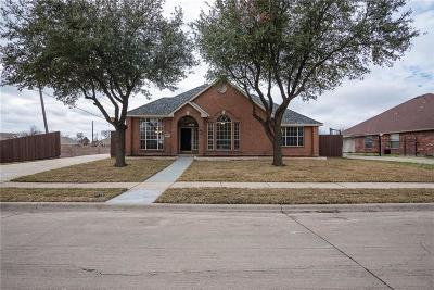 Rowlett Single Family Home Active Option Contract: 3305 Lake Highlands Drive