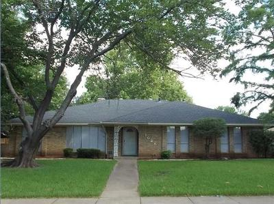 Desoto Single Family Home Active Option Contract: 1025 Rosewood Drive