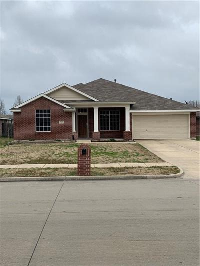 Forney Single Family Home For Sale: 517 Chestnut Trail