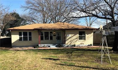 Irving Single Family Home For Sale: 512 Irby Lane
