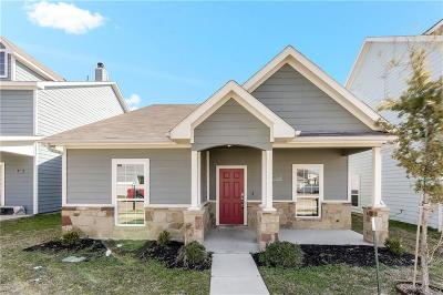 Fort Worth Single Family Home For Sale: 11056 Kinston Street
