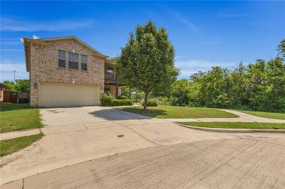 Haltom City Single Family Home For Sale: 5281 Placid Drive