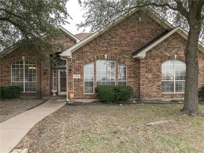 Dallas County Single Family Home For Sale: 7002 Sand Pine Drive