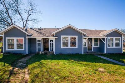 Parker County Single Family Home For Sale: 802 Johnson Street