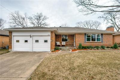 Dallas Single Family Home For Sale: 2535 Dorrington Drive