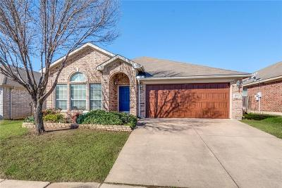 Euless Single Family Home For Sale: 806 Chrissy Creek Lane