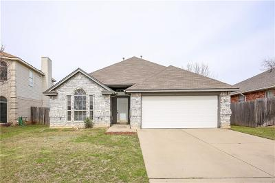 Fort Worth Single Family Home For Sale: 8605 Creede Trail