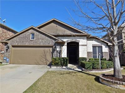 Little Elm Single Family Home For Sale: 1305 Meadowlark Drive