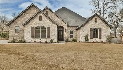 Granbury Single Family Home For Sale: 9704 Rosalie Court