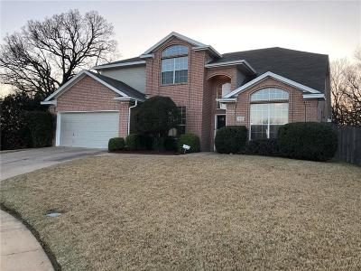 Euless Single Family Home For Sale: 901 Tennison Drive