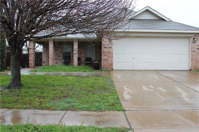 Fort Worth Single Family Home For Sale: 7537 Diamond Springs Trail