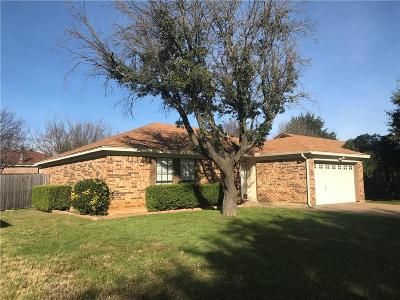 Arlington Single Family Home For Sale: 6004 Big Springs Drive