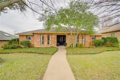 Dallas Single Family Home For Sale: 9227 Whitehurst Drive