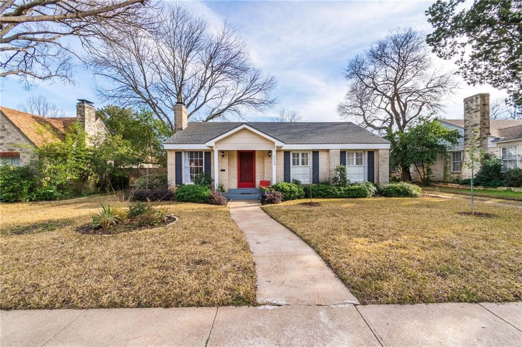 Fabulous 2 Bed 2 Bath Home In Dallas For 329 900 Home Interior And Landscaping Mentranervesignezvosmurscom