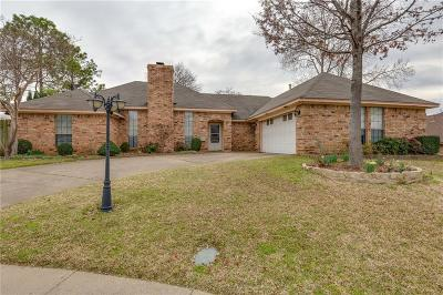Euless Single Family Home For Sale: 803 Forestcrest Court