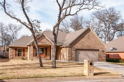 Burleson Single Family Home For Sale: 941 Oak Valley