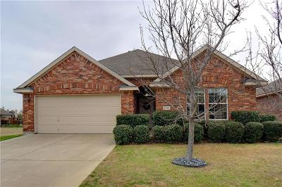 Denton Single Family Home For Sale: 5729 Brookside Drive